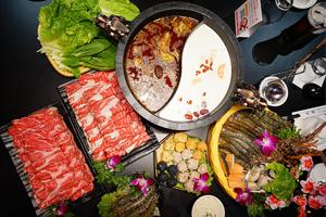 【彰化市】天鼎鍋物複合式餐飲  愛吃肉肉的推薦極光牛大胃王套餐,兩大盤極光牛全部位肉山超滿足!