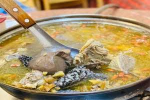 【台中·北屯】正宗薑母鴨|價格不貴,料多肉嫩,這天氣很適合來暖呼呼的一鍋!